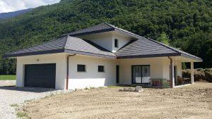 Construction d'une maison traditionnelle à La Bathie, Savoie