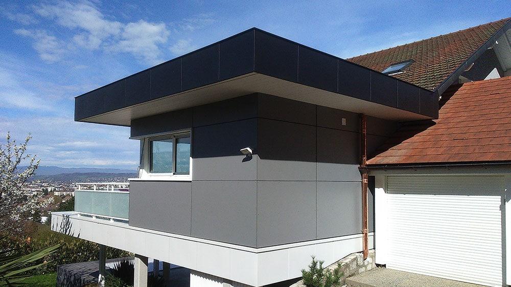 Extension d'une maison avec toit plat à Annecy-le-vieux (Haute-Savoie)