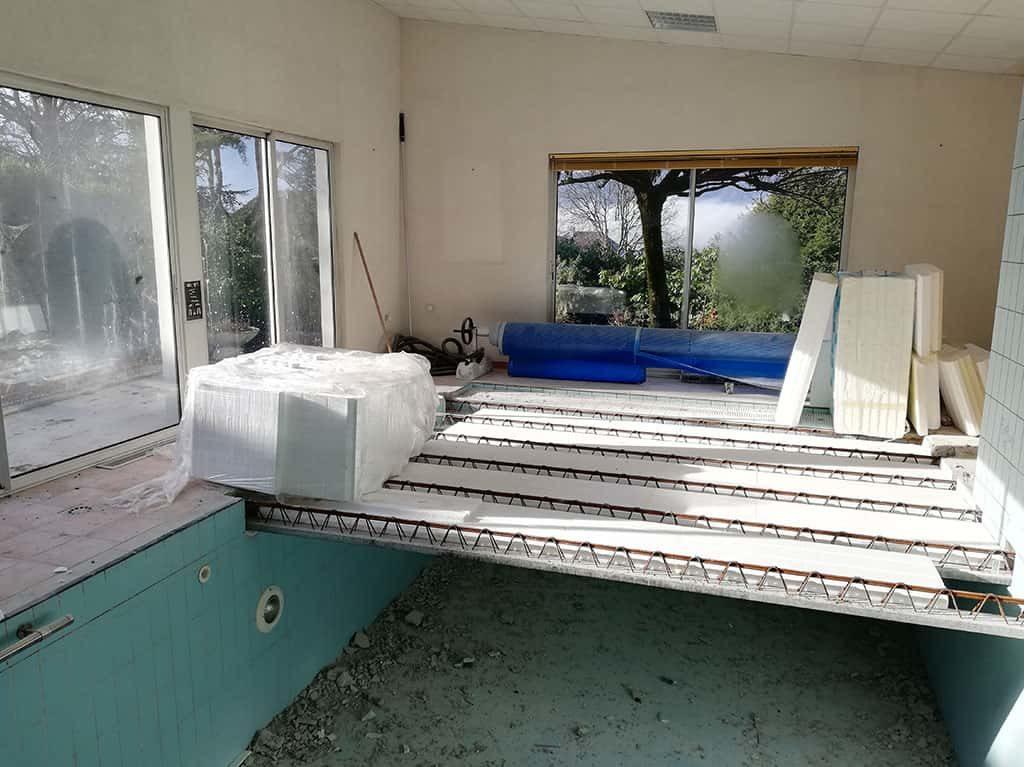 Rénovation et transformation d'une piscine en T3 à Aix-les-Bains, Savoie par MS Habitat